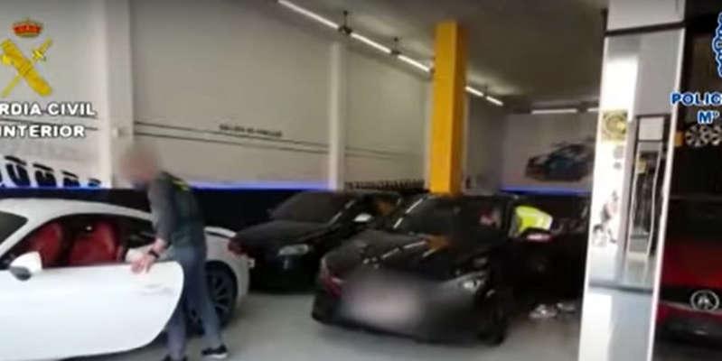 Encuentran más de 30 coches de alta gama manipulados en una nave industrial de Mallorca