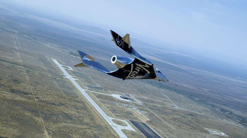 Richard Branson viajará hoy al espacio con el cohete de su compañía Virgin Galactic
